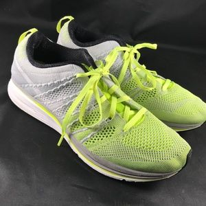 Mint NIKE Flyknit Trainer Light Grey Volt 8 US MEN